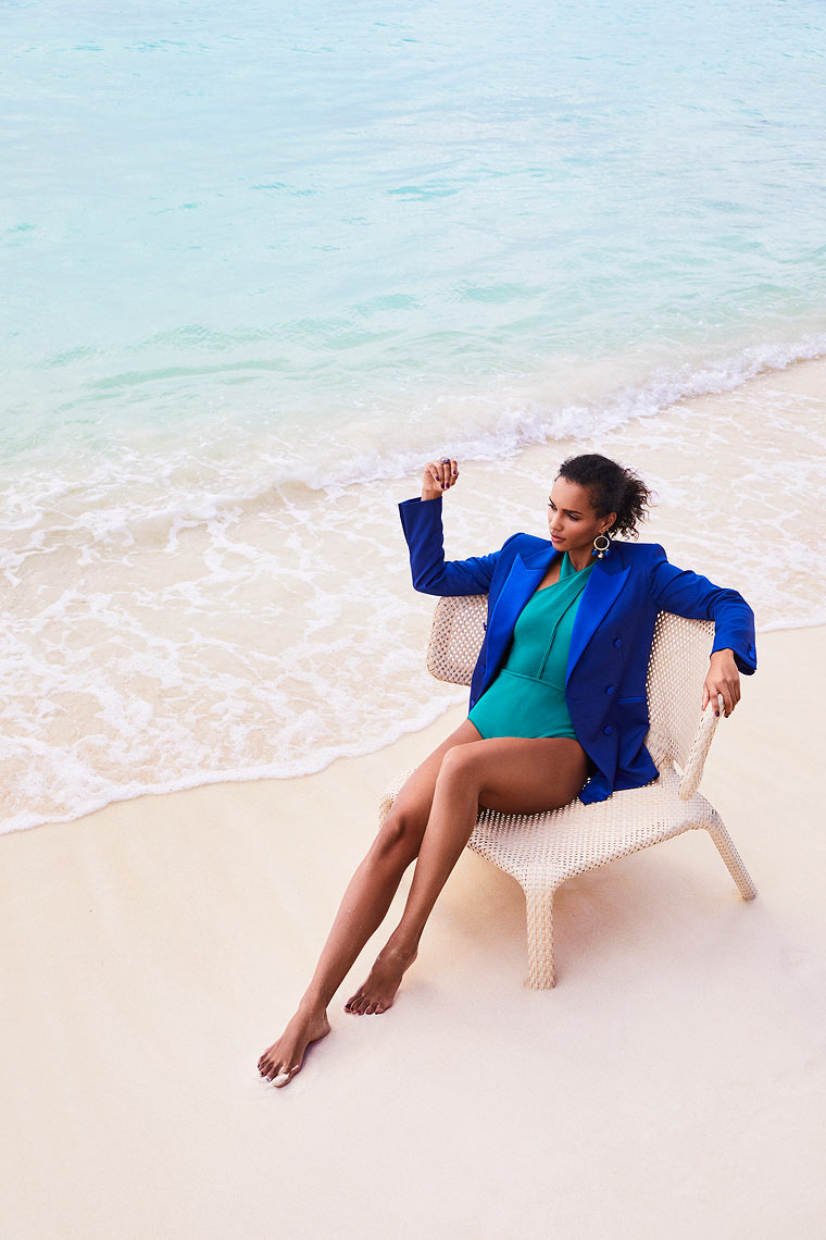 RH_Lifestyle_2019_resort_Seated_Blazer_Swimsuit_S01_01682